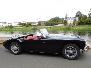 800px-mg_a_roadster2c_black_28229